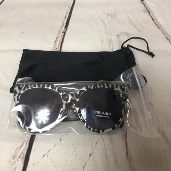 481846d2e0d2 Steve Madden Accessories | Mae Womens Cheetah Sun Glasses Nwt | Poshmark